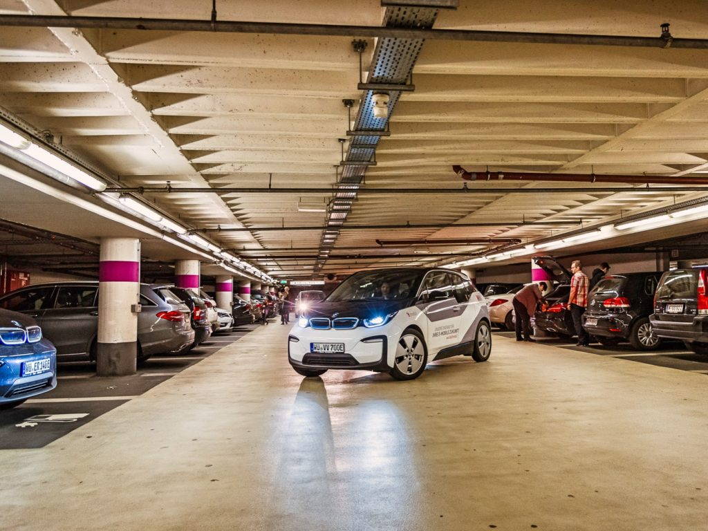 Zuverlässiger Empfang auch in Parkhäusern dank neuer WüFi-Hotspots! Foto: Papay Landois GmbH