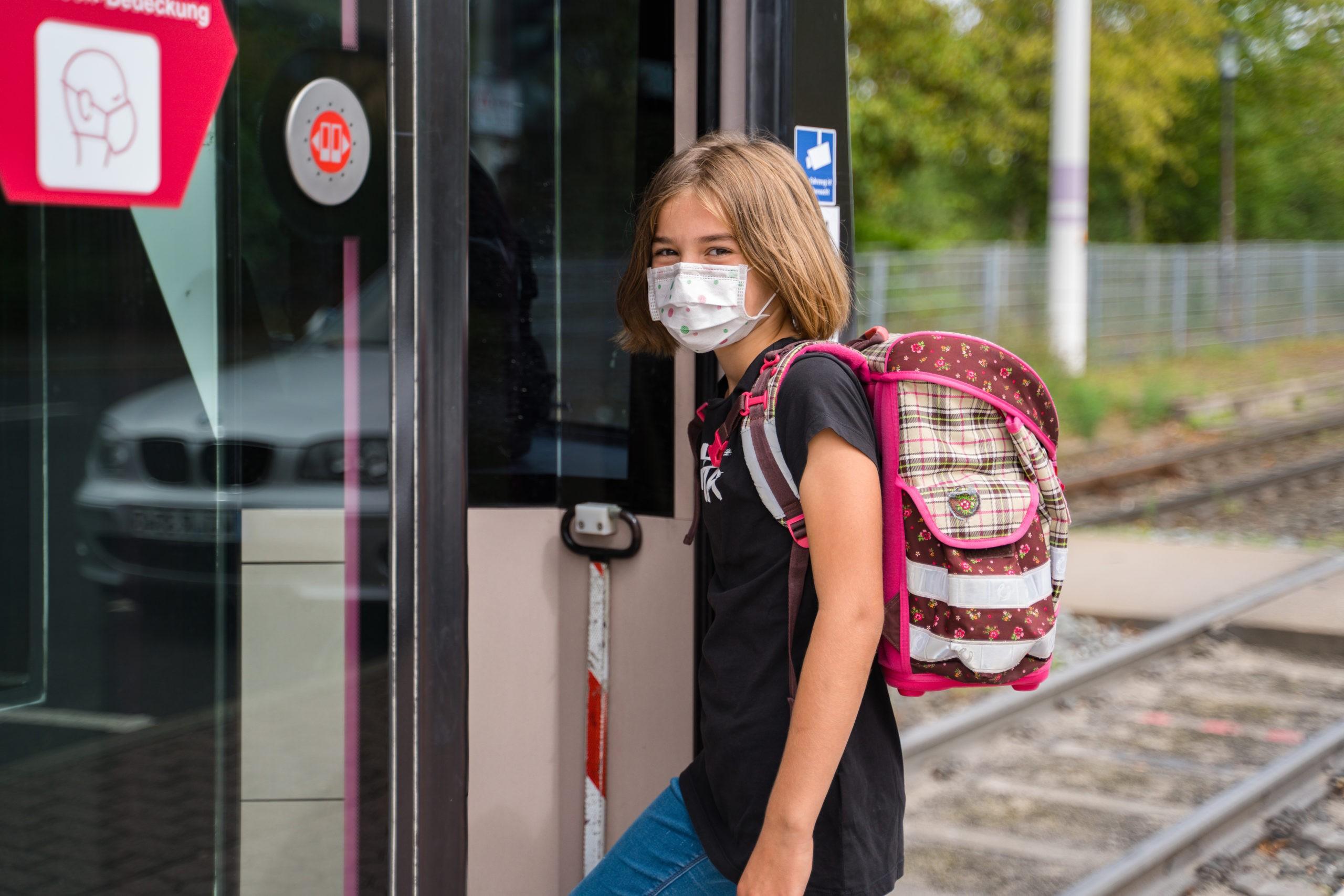 Mit Bus und Straba sicher ins neue Schuljahr